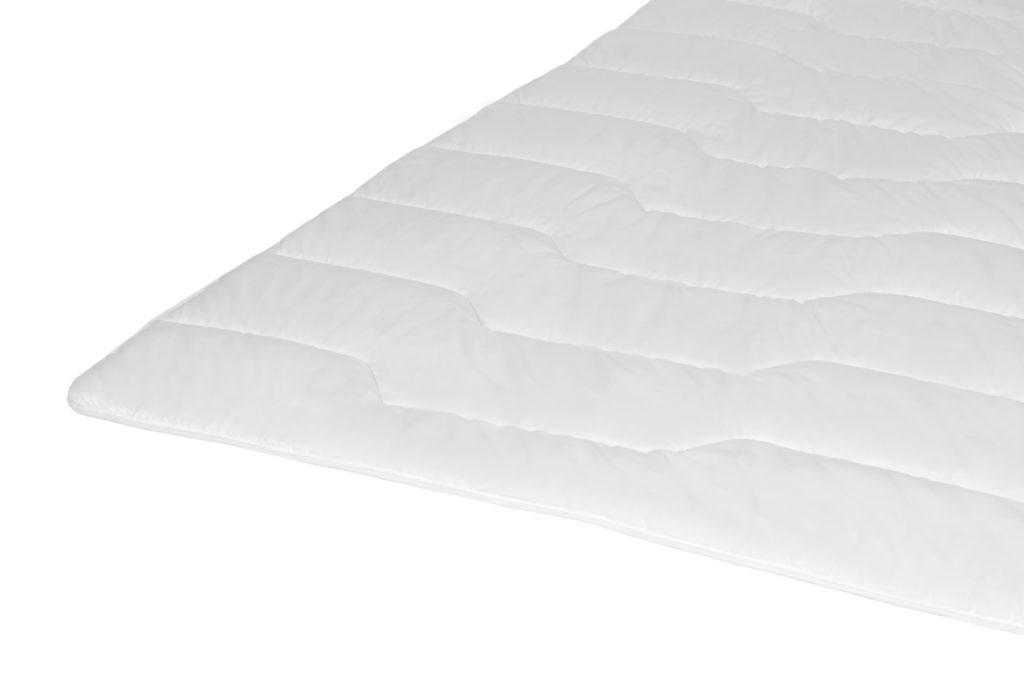 kołdra wełniana, woollen duvet quilt, Bettdecken aus Schafsschurwolle